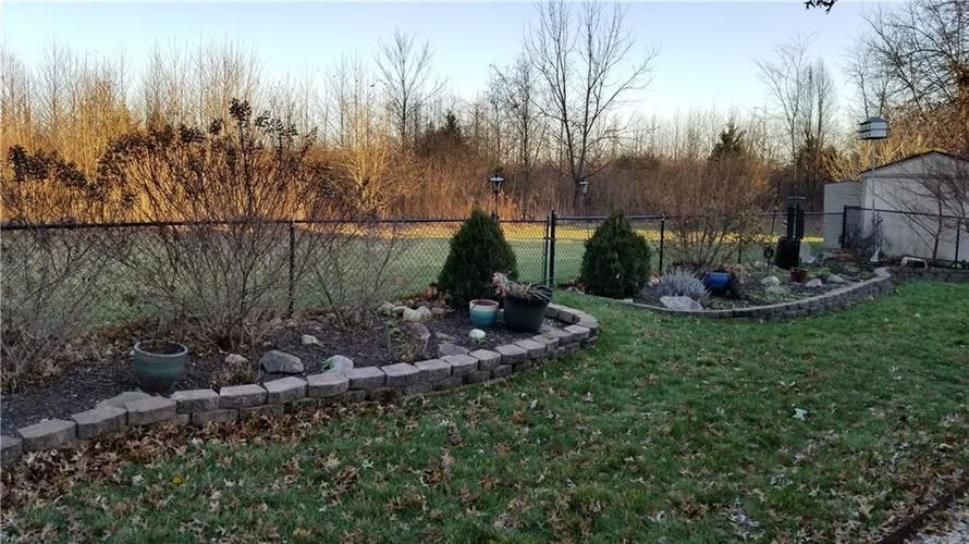 2345 Salem Park Drive Indianapolis, IN 46239 | MLS 21684661 | photo 28