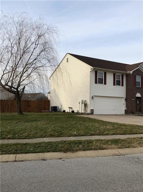 8840 HIMEBAUGH Lane Indianapolis, IN 46231 | MLS 21684663 | photo 6