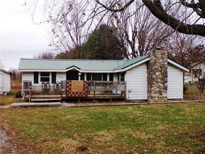 3905 N County Road 300 W North Vernon, IN 47265 | MLS 21684677 | photo 1