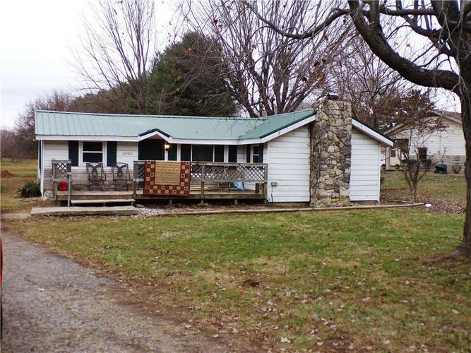 3905 N County Road 300 W North Vernon, IN 47265 | MLS 21684677 | photo 4