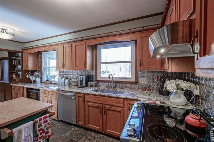 1508 Brewster Road Indianapolis, IN 46260 | MLS 21684688 | photo 13