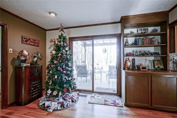 1508 Brewster Road Indianapolis, IN 46260 | MLS 21684688 | photo 15