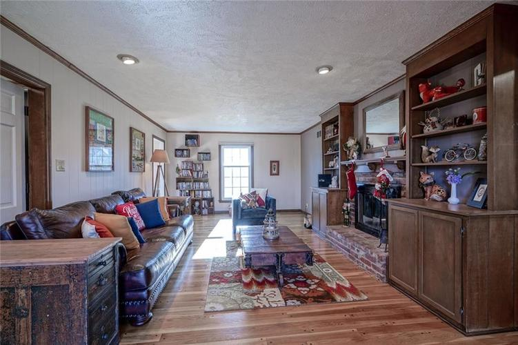1508 Brewster Road Indianapolis, IN 46260 | MLS 21684688 | photo 16