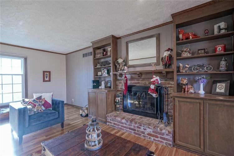 1508 Brewster Road Indianapolis, IN 46260 | MLS 21684688 | photo 17
