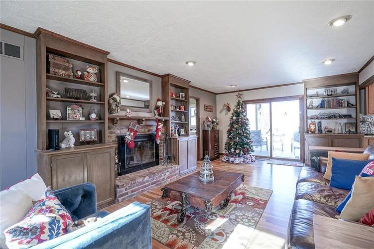 1508 Brewster Road Indianapolis, IN 46260 | MLS 21684688 | photo 18