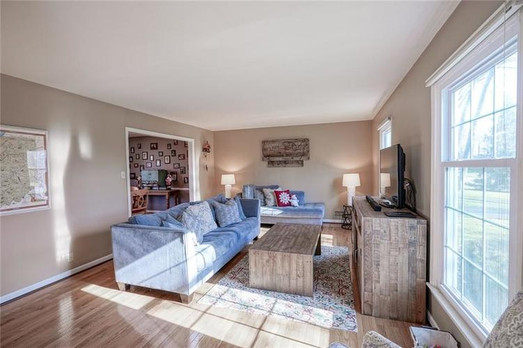 1508 Brewster Road Indianapolis, IN 46260 | MLS 21684688 | photo 23