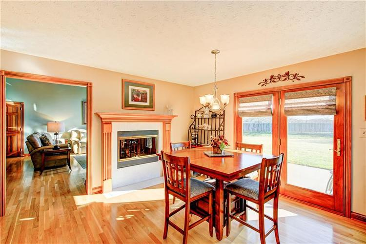 1309 Forest Commons Drive Avon, IN 46123   MLS 21684747   photo 11