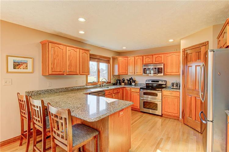 1309 Forest Commons Drive Avon, IN 46123   MLS 21684747   photo 14