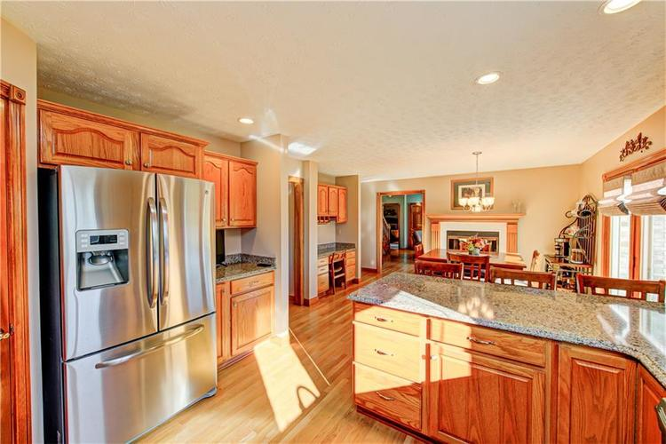 1309 Forest Commons Drive Avon, IN 46123   MLS 21684747   photo 16