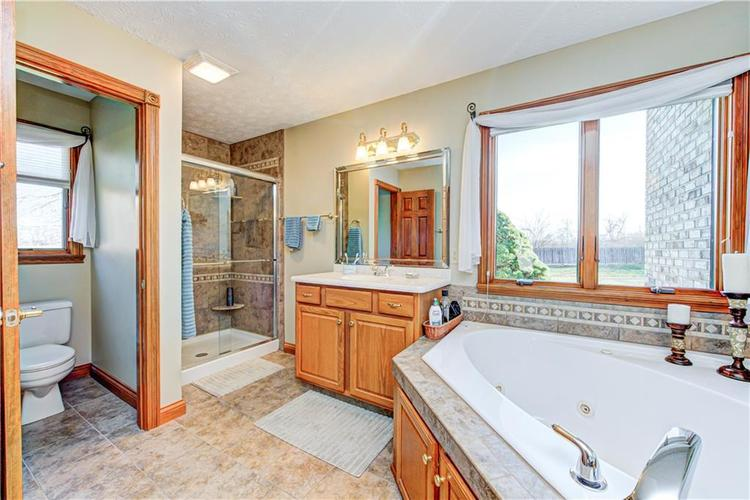 1309 Forest Commons Drive Avon, IN 46123   MLS 21684747   photo 26