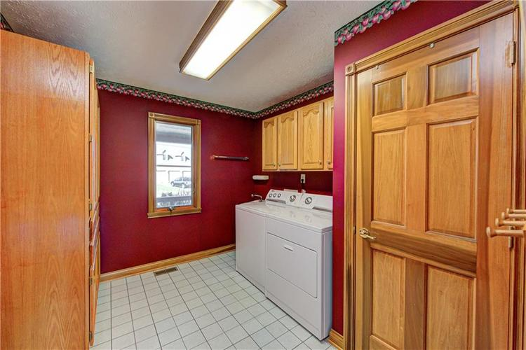 1309 Forest Commons Drive Avon, IN 46123   MLS 21684747   photo 28