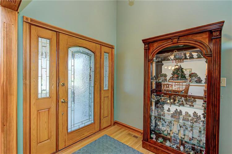 1309 Forest Commons Drive Avon, IN 46123   MLS 21684747   photo 3
