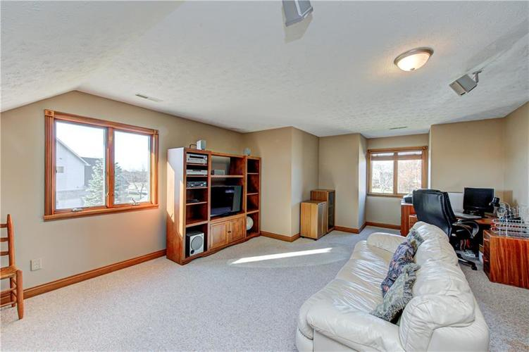 1309 Forest Commons Drive Avon, IN 46123   MLS 21684747   photo 33