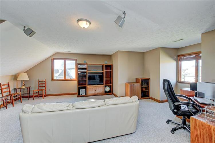 1309 Forest Commons Drive Avon, IN 46123   MLS 21684747   photo 34
