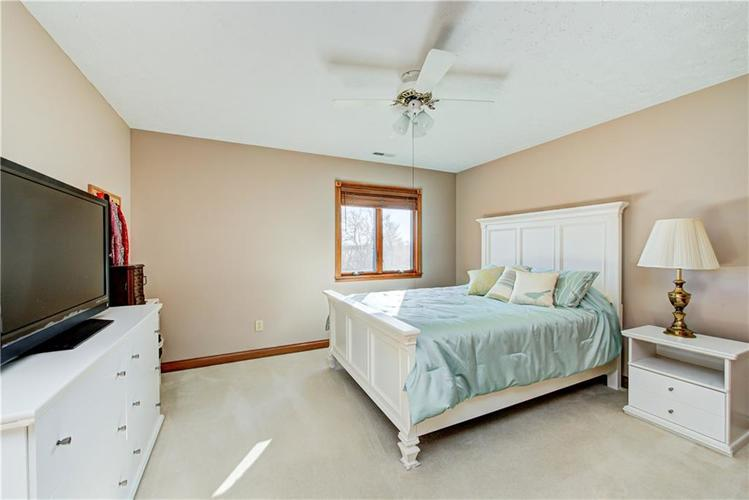 1309 Forest Commons Drive Avon, IN 46123   MLS 21684747   photo 35