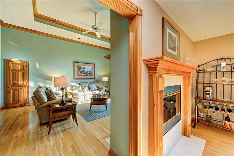 1309 Forest Commons Drive Avon, IN 46123   MLS 21684747   photo 9