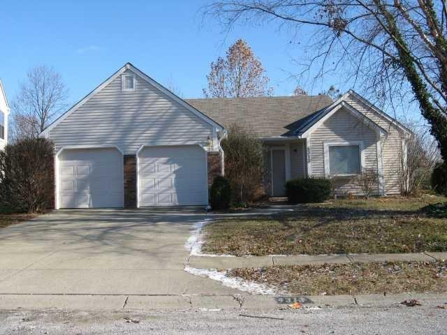 4313  CALEDONIA Way Indianapolis, IN 46254 | MLS 21684753