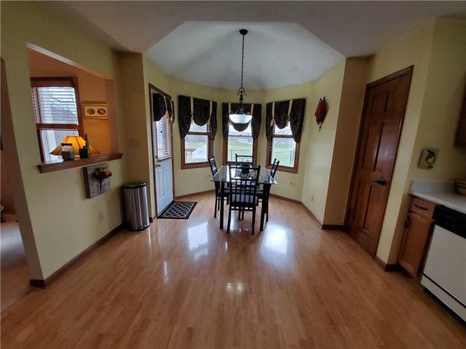 1311 Old Hickory Drive Greenwood, IN 46142 | MLS 21684758 | photo 22