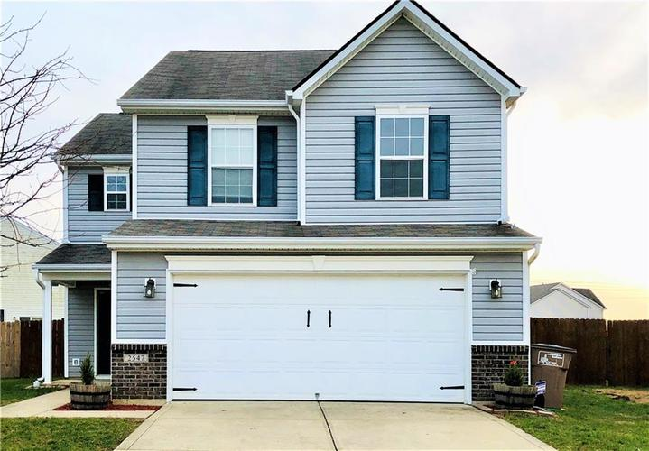 2547  Middle View Drive Columbus, IN 47201 | MLS 21684896