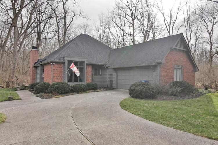 7121 Knollvalley Lane Indianapolis, IN 46256 | MLS 21684904 | photo 1