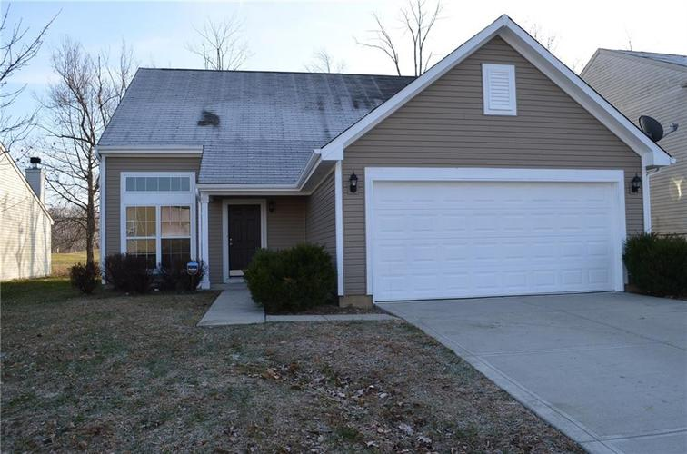 5103 Greenside Drive Indianapolis, IN 46235 | MLS 21684962 | photo 2