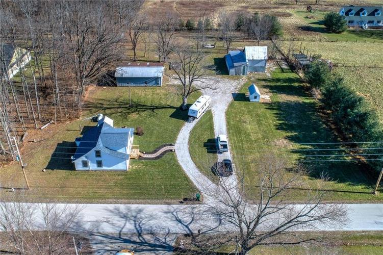 9277 S County Road 100  Clayton, IN 46118 | MLS 21685031