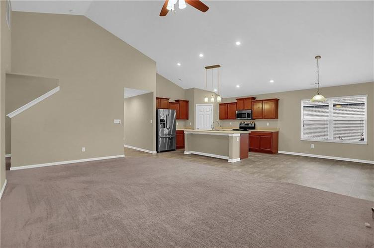 1749 Jessica Drive Indianapolis, IN 46239   MLS 21685201   photo 4
