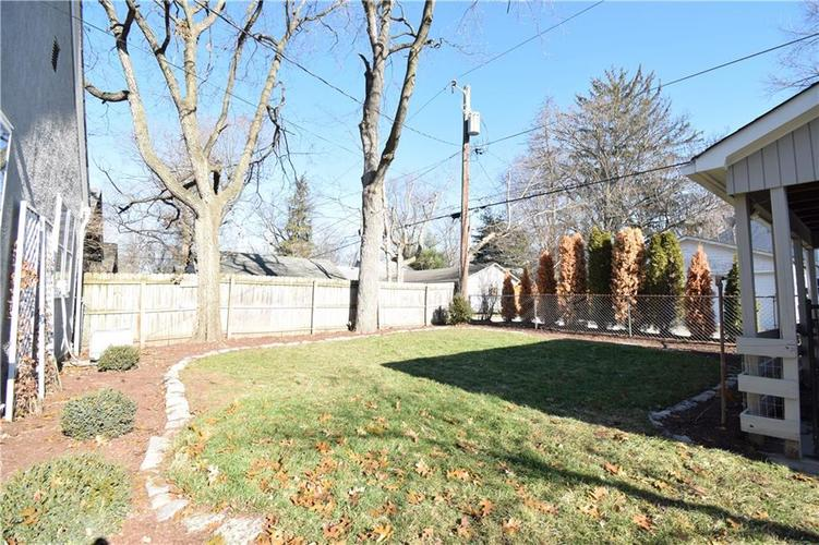 6031 Guilford Avenue Indianapolis, IN 46220 | MLS 21685290 | photo 15