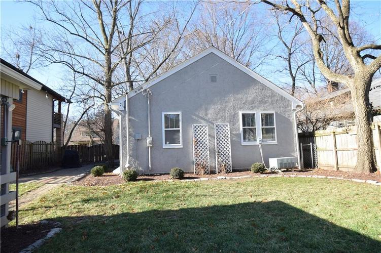 6031 Guilford Avenue Indianapolis, IN 46220 | MLS 21685290 | photo 17