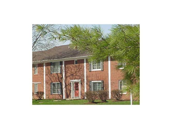6429A Park Central Drive W #A Indianapolis, IN 46260   MLS 21685344   photo 1