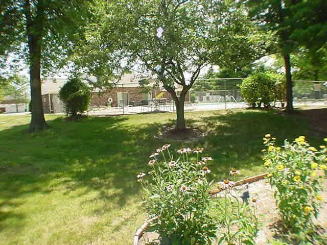 6429A Park Central Drive W #A Indianapolis, IN 46260   MLS 21685344   photo 22