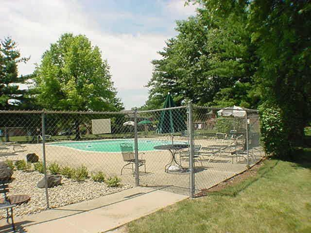 6429A Park Central Drive W #A Indianapolis, IN 46260   MLS 21685344   photo 23