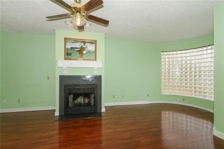 7535 Perrier Drive Indianapolis, IN 46278 | MLS 21685360 | photo 12