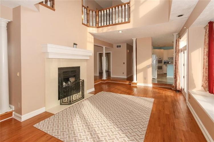 7535 Perrier Drive Indianapolis, IN 46278 | MLS 21685360 | photo 5