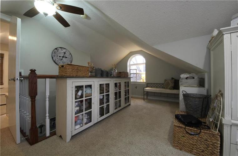 5702 W Southport Road Indianapolis, IN 46221   MLS 21685403   photo 17