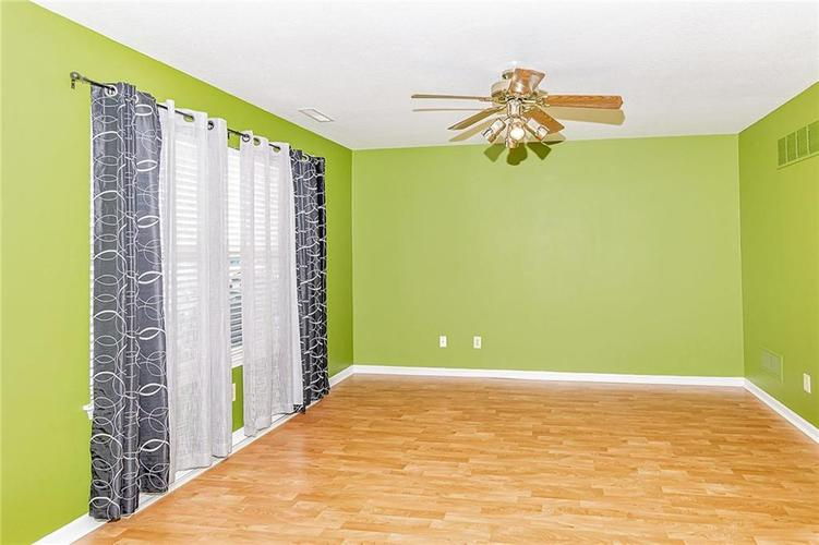 12849 Ramsgate Court Fishers, IN 46038 | MLS 21685412 | photo 4