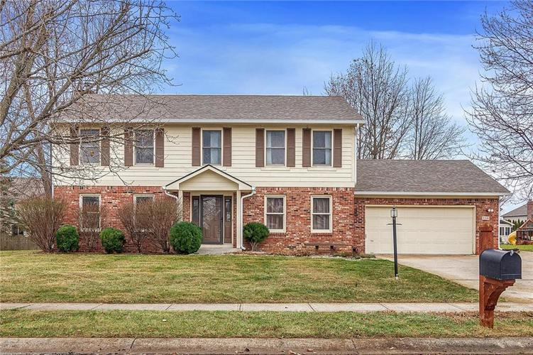 8318  Admirals Landing Place Indianapolis, IN 46236 | MLS 21685418