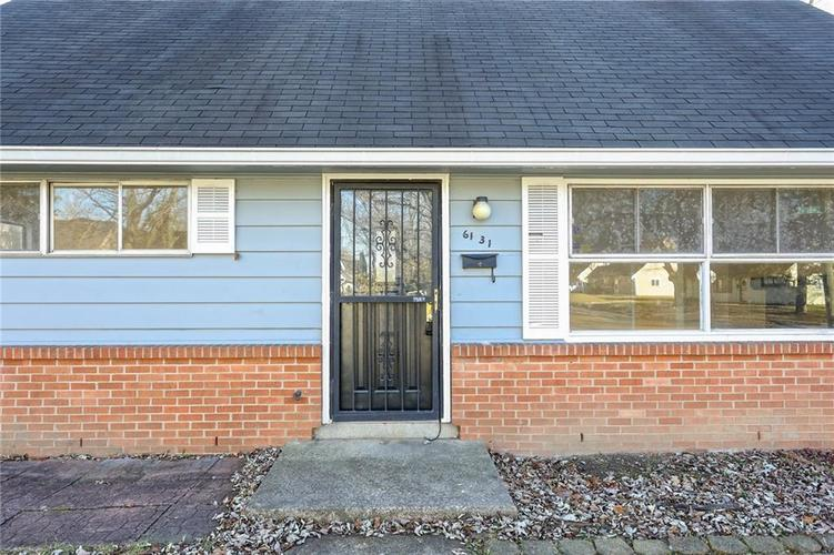 6131 E 40th Street Indianapolis, IN 46226   MLS 21685437   photo 2