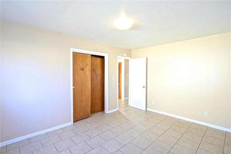 6131 E 40th Street Indianapolis, IN 46226   MLS 21685437   photo 9