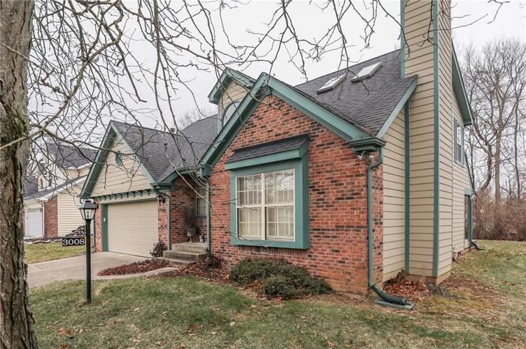 3008 Sunmeadow Court Indianapolis, IN 46228 | MLS 21685483 | photo 4