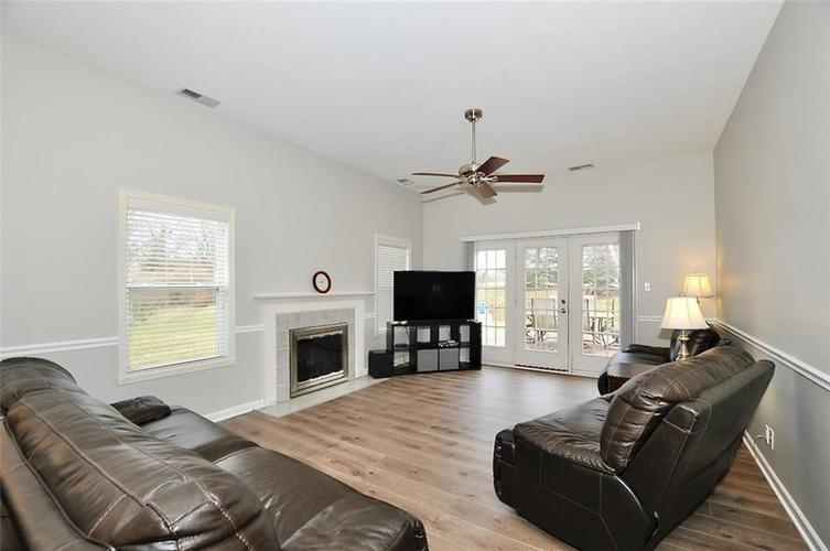 11860 Shady Meadow Place Fishers, IN 46038 | MLS 21685568 | photo 10