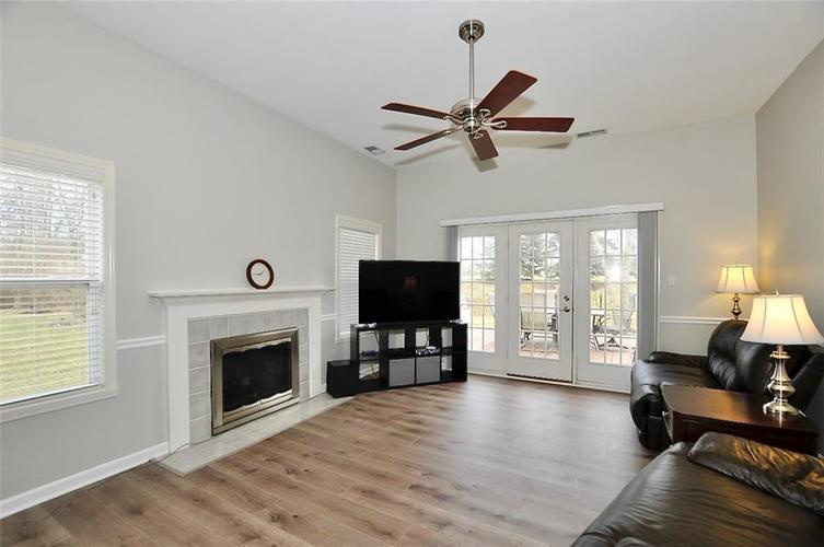 11860 Shady Meadow Place Fishers, IN 46038 | MLS 21685568 | photo 11