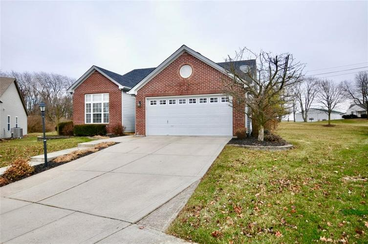 11860 Shady Meadow Place Fishers, IN 46038 | MLS 21685568 | photo 2