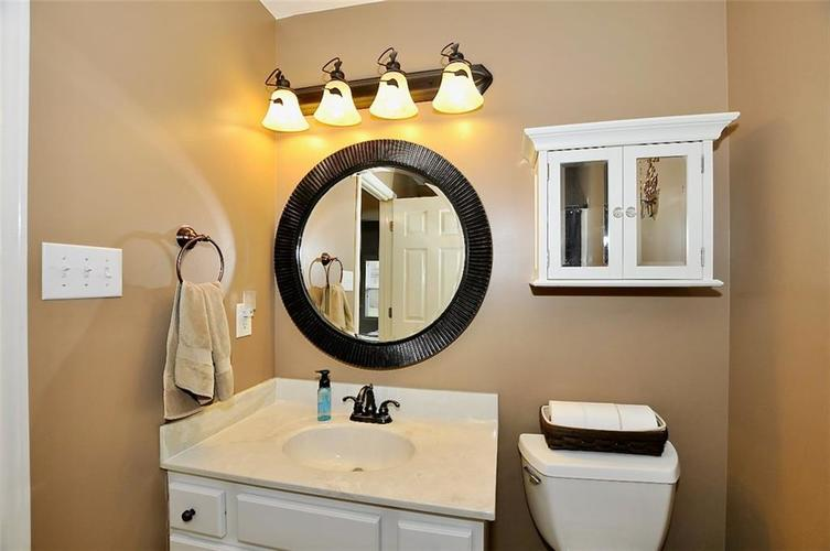 11860 Shady Meadow Place Fishers, IN 46038 | MLS 21685568 | photo 22