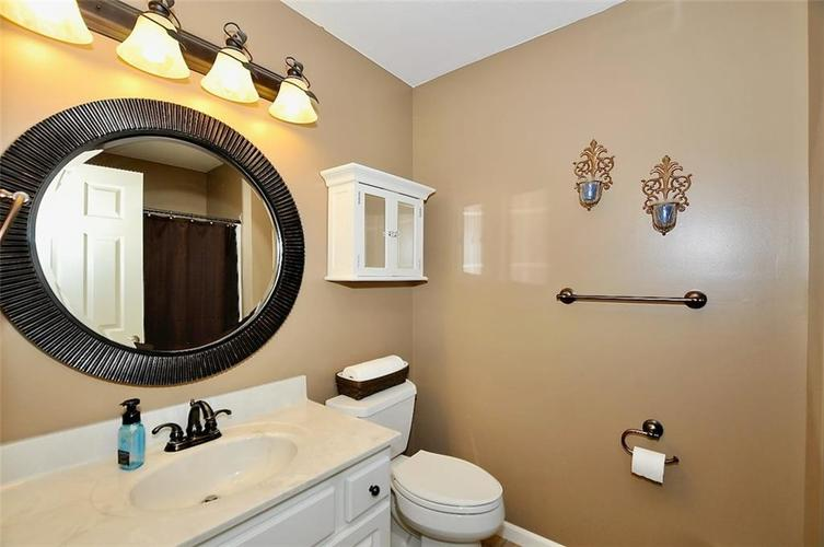 11860 Shady Meadow Place Fishers, IN 46038 | MLS 21685568 | photo 23