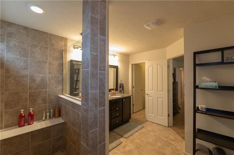 14423 Glapthorn Road Fishers, IN 46037 | MLS 21685599 | photo 18