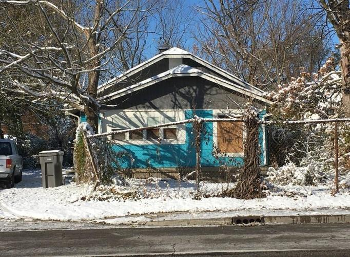 3246 N Emerson Avenue Indianapolis, IN 46218 | MLS 21685617