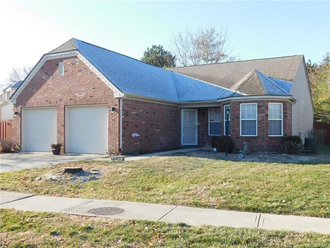 9524  Charter Drive Indianapolis, IN 46250 | MLS 21685721