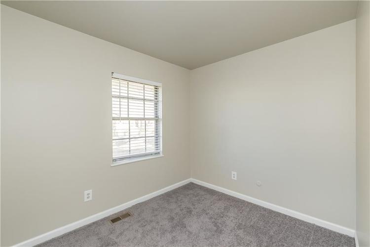 6213 Wixshire Drive Indianapolis, IN 46254 | MLS 21685846 | photo 14