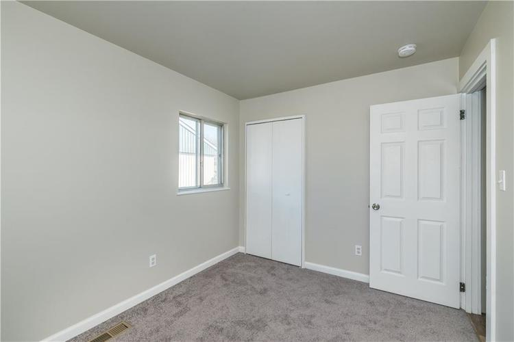 6213 Wixshire Drive Indianapolis, IN 46254 | MLS 21685846 | photo 15